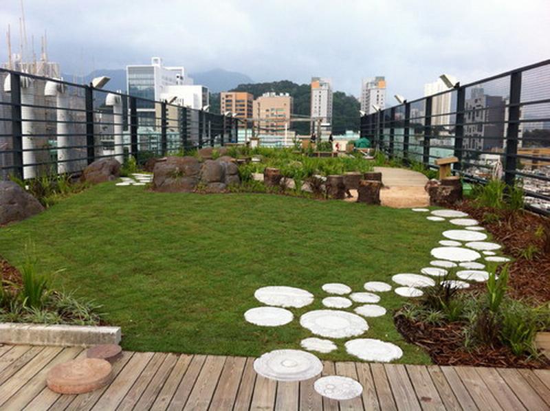 Smart los angeles property managers maximize building 39 s for Idea verde garden center